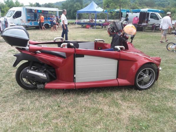 tricycle sépécial fauteuil  roulant