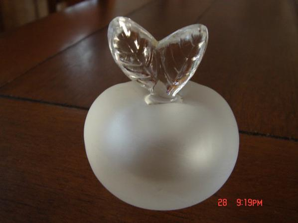 Flacon Pomme de RICCI: FILLE D'ÈVE, petite taille
