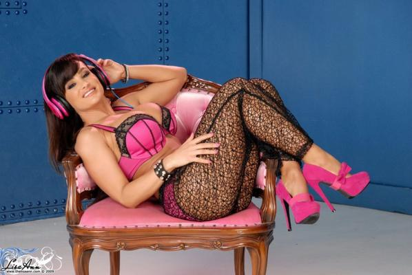 Lisa Ann Photo Set 3