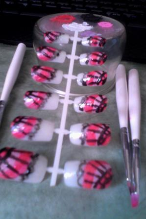 ma création sur faux ongle