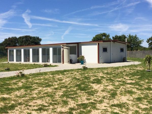 COMPLEXE CANIN ISOLE de 160 m² dans le 44