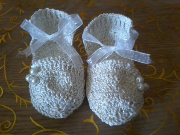 echarpe chaussons et bonnet bébé