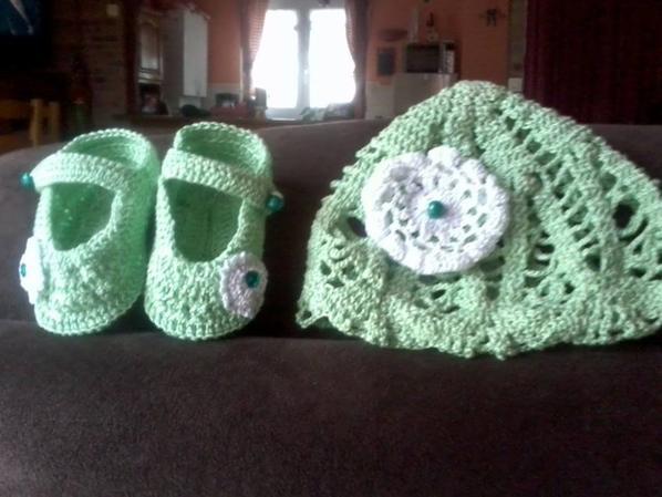 ensemble bébés vert et blanc