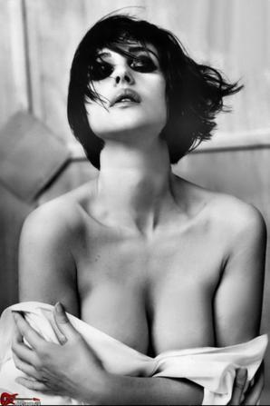 Monica Belluci 03