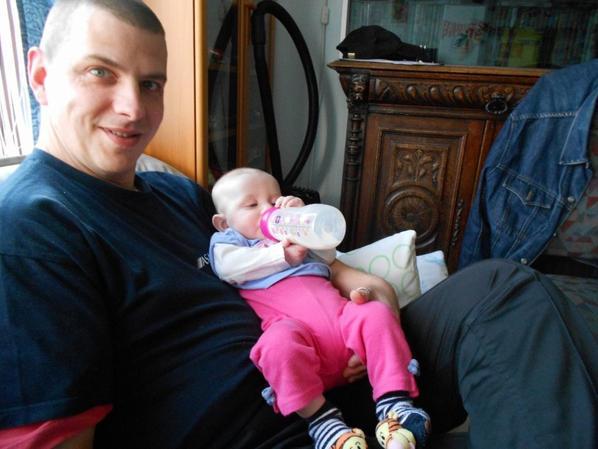 notre fille avec son papa