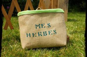 Les épices, les herbes, des contenants vintage