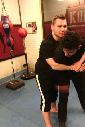 Jeudi 23 mars 2017 de 18h30 à 20h00 - cours de krav-maga à l'American Gym
