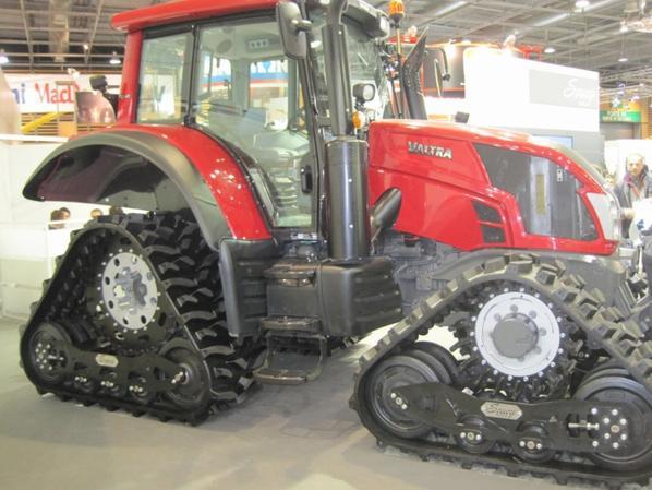Les petits tracteurs à chenilles du SIMA