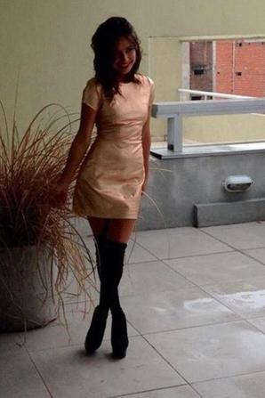 alexandra superbe brune