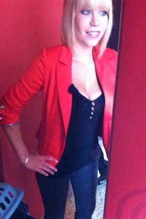 elodie superbe blonde