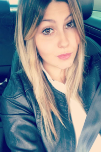 lauriane une brune sexy