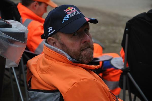 une partie de notre equipes des commissaires de rallyes...