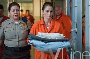 """Robin Tunney dans une photo spoiler du 7x02 de la série """"The Mentalist"""""""