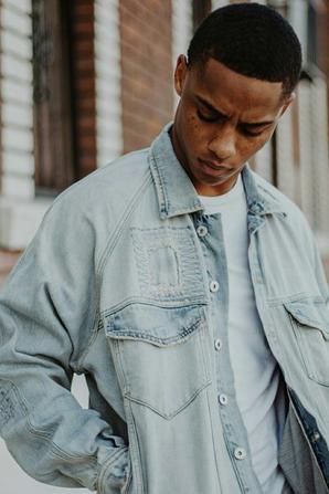 #4 : Elijah Jones