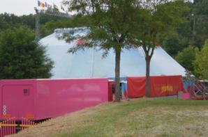cirque sur l'eau a GOURDON
