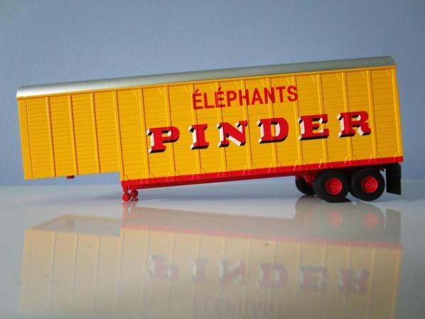 Direkt collections , la semi remorque transport des éléphants !!!
