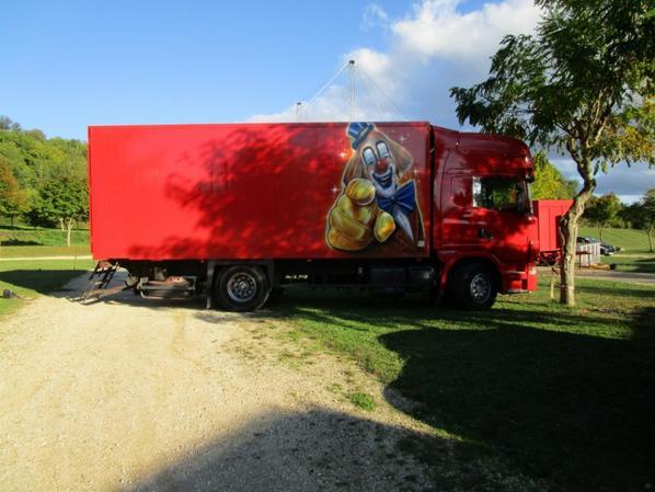 Cirque FLOYD LANDRI , un porteur !!!