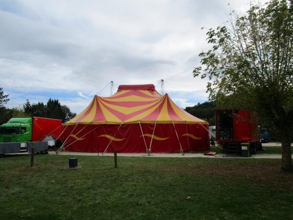 Cirque Floyd Landri , le chapiteau !!!