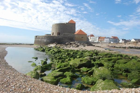 """L'unique fort de la côte nord """"La manche"""" à Ambleteuse pas de calais"""