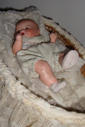 en écho à chris92 et crysvon .nous partageons je pense le même amour des bébés .bébé armand marseille.