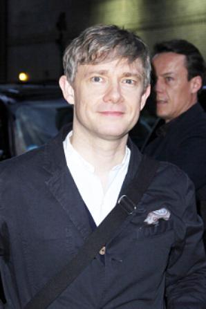 Martin essaye de satisfaire ses fans