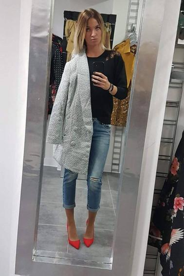 MA PASSION  C'EST LA CHANSON  ,,,, mais j'aimes aussi   le mannequinat    ... ces tenues vous pouvez  les  voir  au magasin Dress Code à la Bassée.... vous   trouverez des tenues  pour tout les styles, à des prix raisonnables et surtout un trés bon accueil!!!