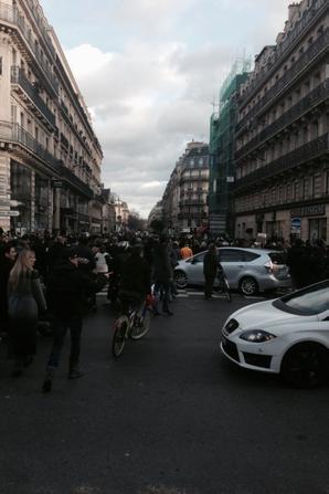 Momo - Paris