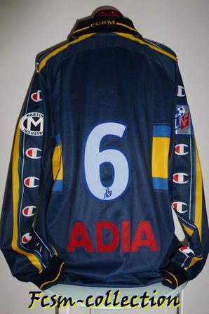 Maillot porté par Bernard Maraval saison 2001/2002