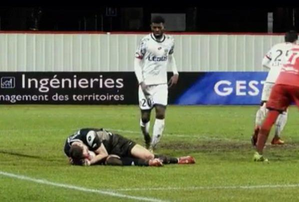Maillot porté par Olivier Werner lors de Dijon/Sochaux le 12/02/2016
