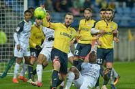 Maillot porté par Florent OGIER contre Tours le 18/11/2016