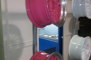 il y en a pour tous les gouts et toutes les couleurs, avec possibilité de personaliser des caches central