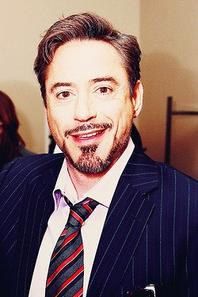 Quel magnifique sourire ;)