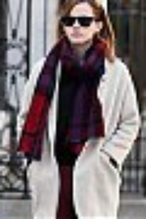 NOUVEAUX CANDIDS: EMMA WATSON A NEW YORK HIER, ET AUJOURD'HUI