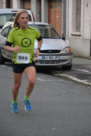 31 DEC 2012 FREVENT SUR LE PARCOURS DE 5 KMS CLIC SUR LA PHOTO DE TON CHOIX