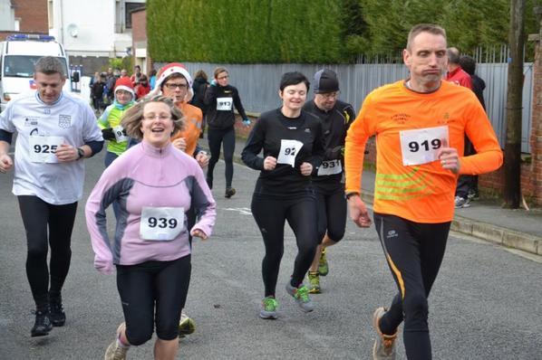 31 DEC 2012 FREVENT SUR LE PARCOURS DES 5 KMS CLIC SUR LA PHOYO DE TON CHOIX