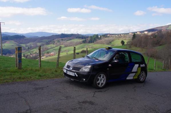 """Rallye """"charbo"""" 2016: cédric engagé avec la clio et en copilote...................cedric ducret mdrrrrrrrr"""