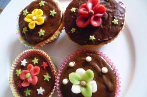 Après 2heures dans la cuisine :-) cupcakes <3