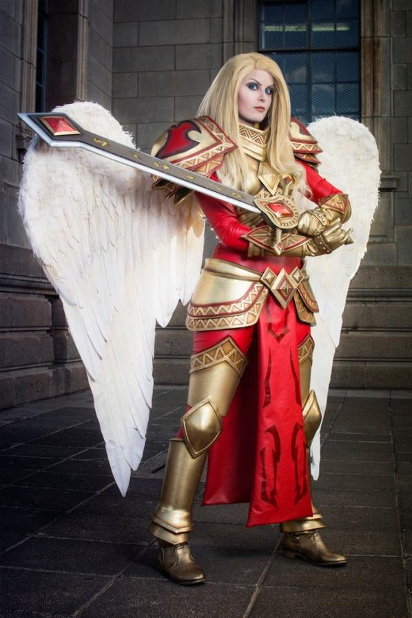 Cosplay de Kayle (League of Legend)