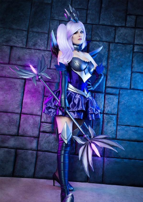 Cosplay de Dark Elementary Lux (League Of Legends)