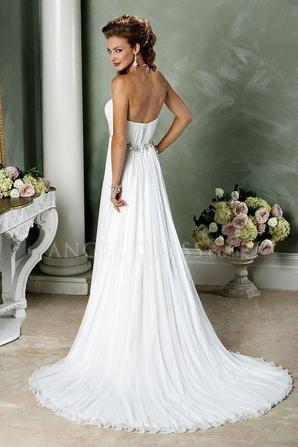 Beach wedding dress fashion show