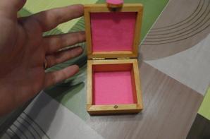 boite à dents rose - vendue