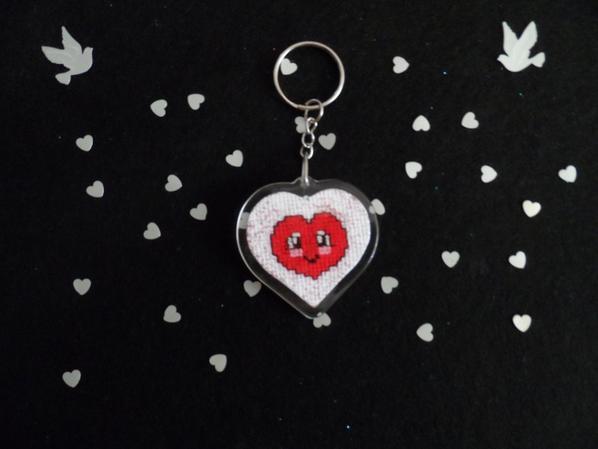 porte clef poussin et porte clef petit coeur