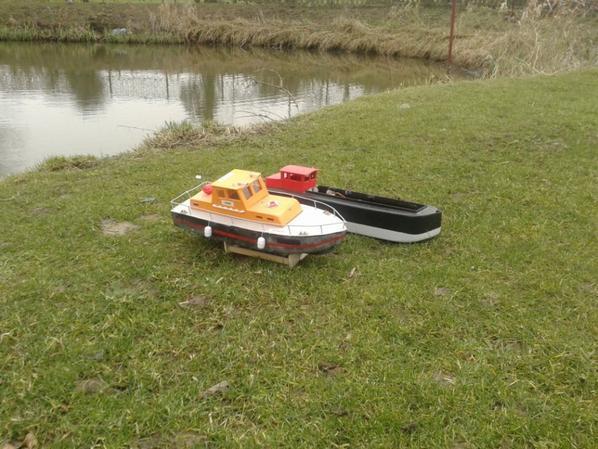 petite sortie a l etang avec les bateaux :)