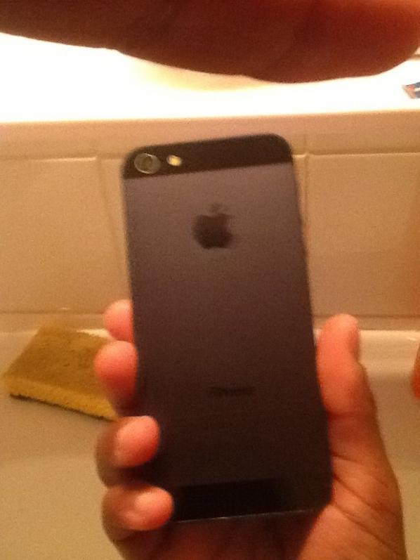 Voilà mon nouveau IPhone que j'ai eu hier trop content ❤☺