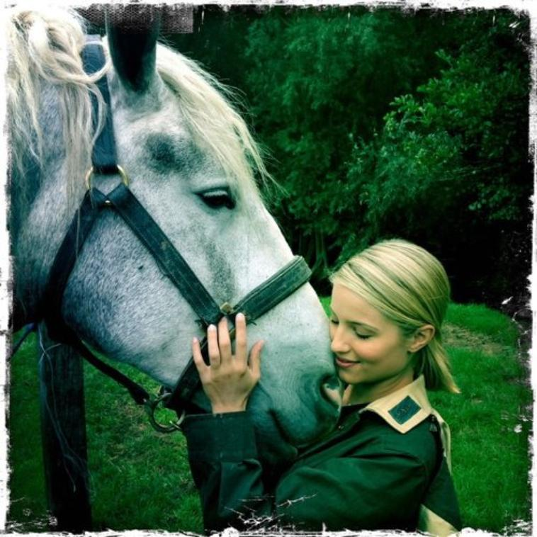 Twitter: Dianna and the animals, part2