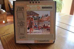 un mini façon calendrier perpétuel..sur la TUNISIE à HAMMAMET.....voyager est un tripe plaisir, l attente, l éblouissement et le souvenir.