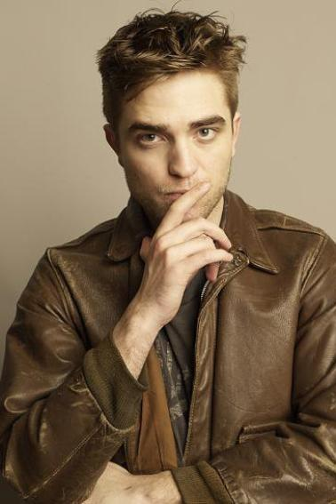 Photoshoot Robert Pattinson : nouvelles photos de TV week !