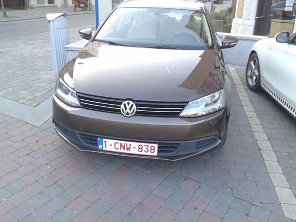LA TIT VW