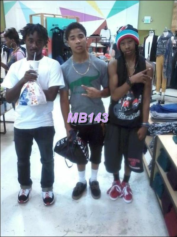 Les Dernièrs Photos Poster Par le Mindless Behavior<3