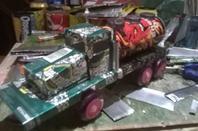 Un camion en canettes
